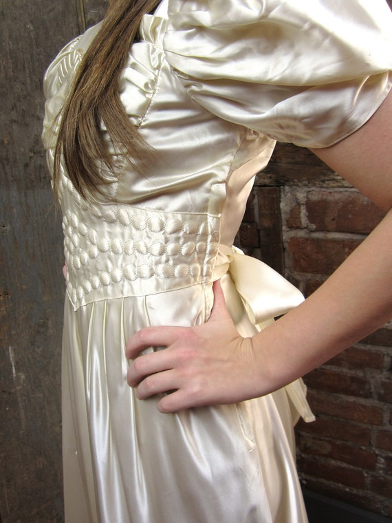 ON HOLD-Vintage 1920's-30's WHITE Gown silk Satin Wedding Dress Puffed sleeves-Pleated bodice