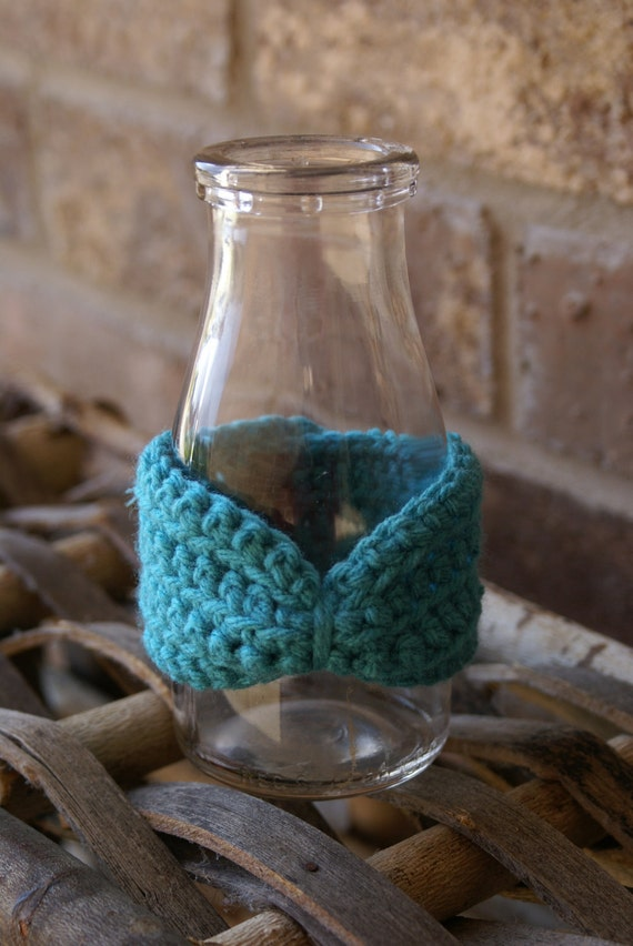 Cinched Turquoise Bow Cuff