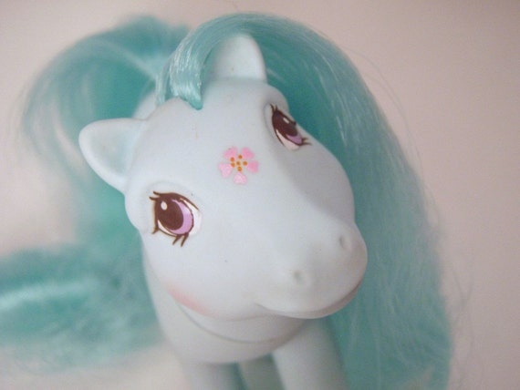 My Little Pony Flutter Ponies Peach Blossom G1 Pastel Blue Green Teal MLP