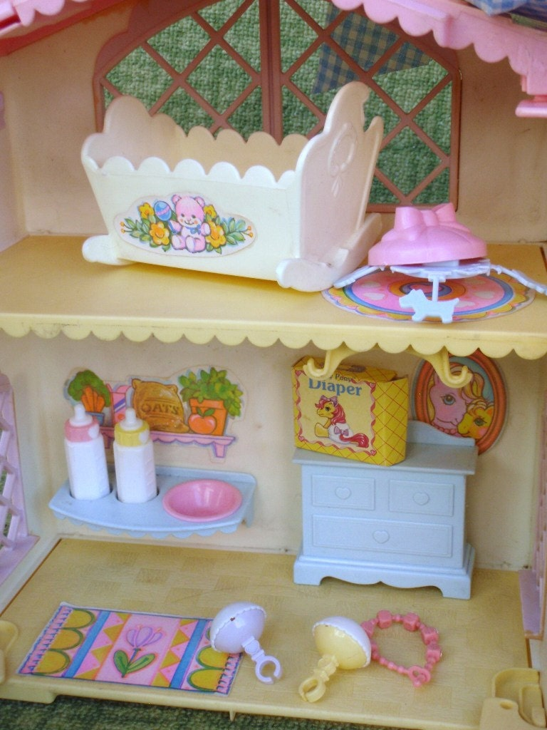 My Little Pony Lullaby Nursery Plasyset With Accessories G1