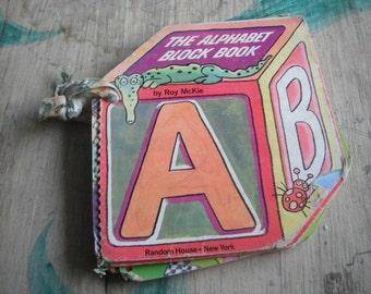 Vintage Children'sThe Alphabet Block Book 1979