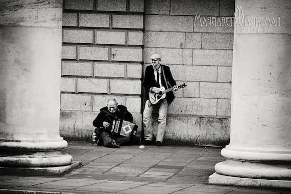St Patricks Day, March, Dublin's Grafton Street, Musicians, Ireland, Irish, Drinking Pub, Accordian, Guitar, Trinity College, Columns