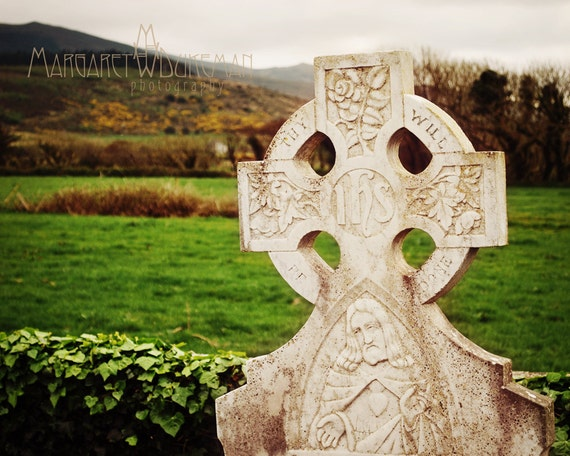 St Patricks Day, March, Thy Will Be Done Celtic Cross Christ Mountains IHS Heart Ireland Irish Landscape Religious Roses Jesus Catholic