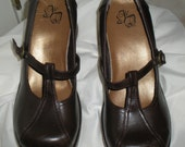 One of a kind Mary Janes size 71/2 M