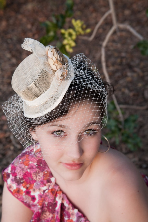 Bridal Mini Top Hat - Antique white and champagne