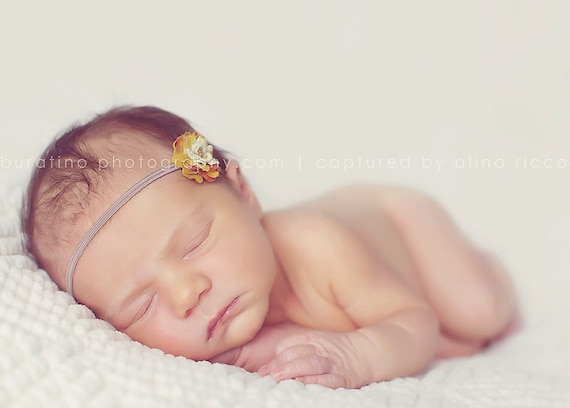 Mia - Green Tiny Flower on Skinny Headband available all sizes from Newborn - Adult. Perfect for baby First Picture.