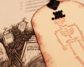 Halloween Gift Tags Top of the Morning to You  - Vintage Inspired Handmade Halloween Skeleton with Black Top Hat Gift Tags (Set of 5)