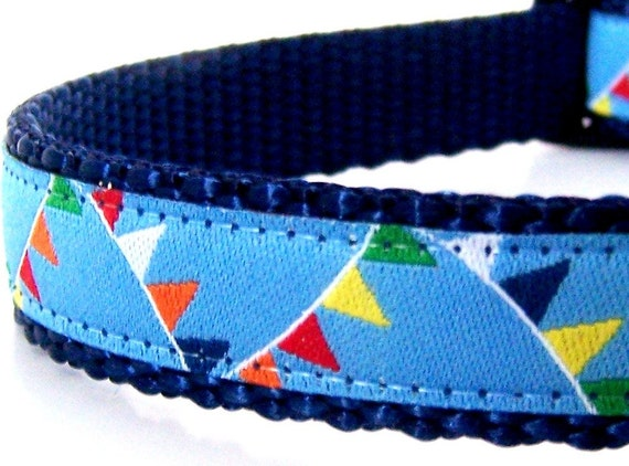 Flags dog collar - last one size Small
