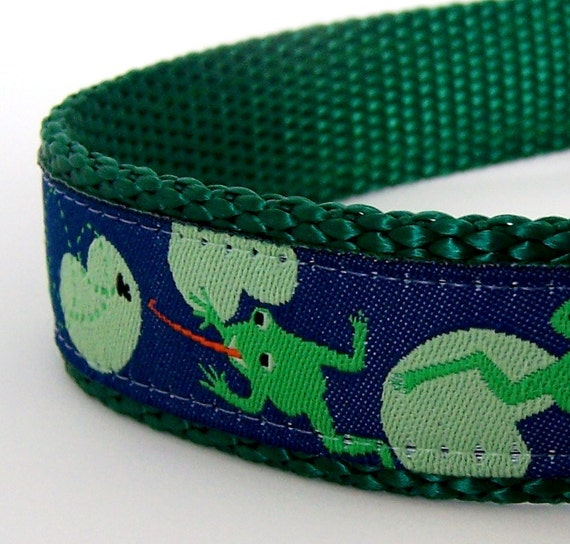 Sale - Frogs Dog Collar / Last One