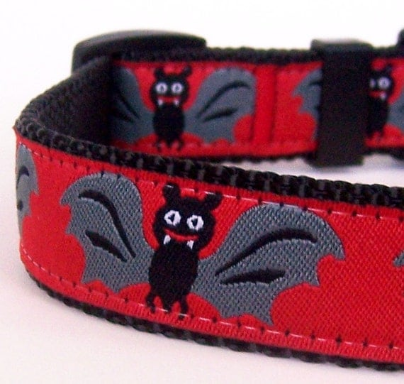 Batty Dog Collar, Halloween Dog Collar , Red Pet Collar , Fall Dog Collar
