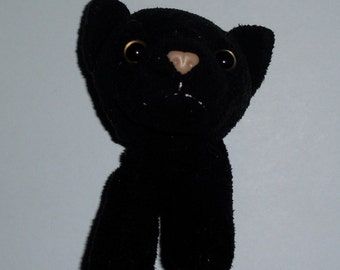 Cute Recycled Toy Taxidermy Plush Black Cat Head Magnet