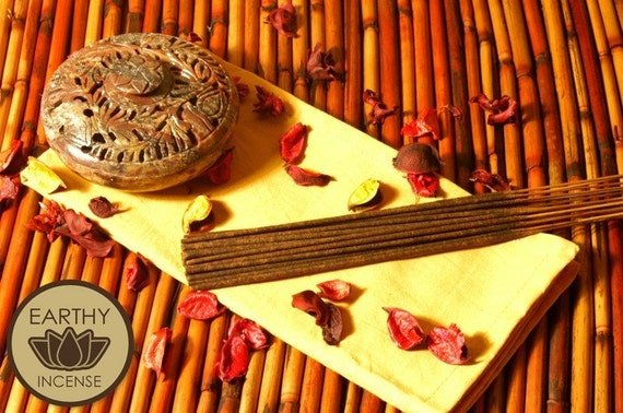 CINNAMON BUN Incense Sticks - Hand-Dipped Premium Bamboo Incense - by Earthy Incense