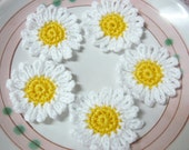 "10pcs - White Daisy Flowers Crochet Appliques - 2"" (big) - soft acrylic yarn - made to order"