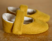 Simple Little Yellow Wool Mary Jane Booties