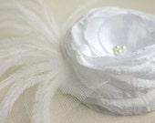 White Flower Hair Accessory - Flower Hair Clip - Wedding Accessory - Bridal Hair Flower - Flower With Feathers