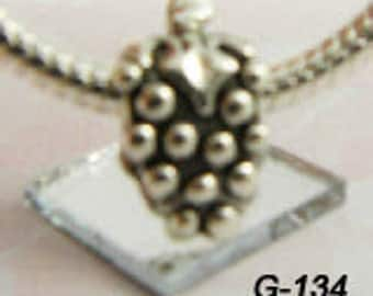 CLEARANCE - Grapes - European Big Hole Charm