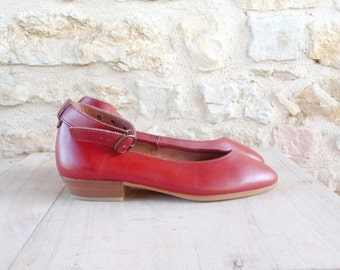 Vintage 1980s 1990s HOUSTY Low-heeled Shoes Color Brick