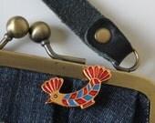 Vintage USSR brooch, very lovely BIRD