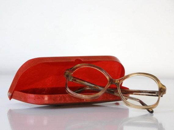 Vintage USSR eye glasses case