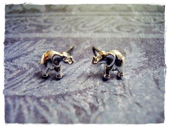 Itty Bitty Elephant Post Earrings in Silver