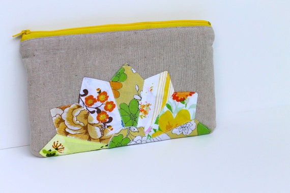 Vintage Dresden Zippered Clutch - I've Got Sunshine