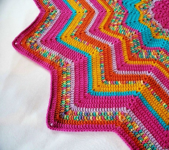 Crocheted 12 Pointed Star Blanket Lap Afghan