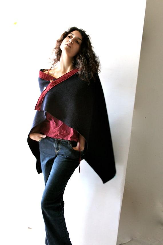 Winter clothing, wool cape, winter cape, women cape, wool poncho, Blue Poncho, boho clothing, hippie clothing, blue cape, layering clothing