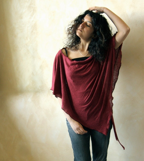 Red linen pointed shawl
