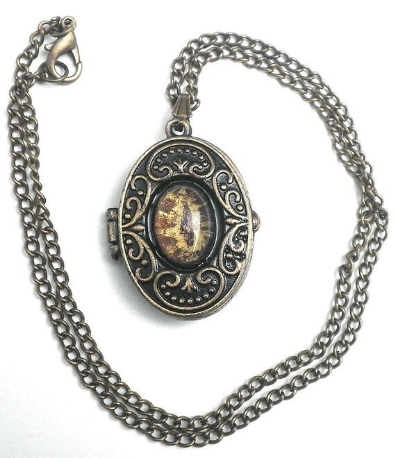 Twilight Werewolf Eye, Jacob Locket Necklace