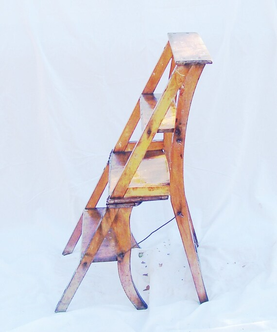 WOOD CHAIR AND STEP LADDER