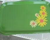 13 Green Painted Daisy Metal Daisy Trays