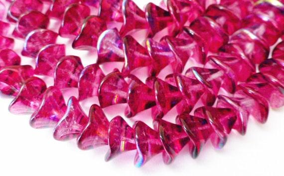 25 Czech Glass 3 Petal Flower Glass Beads in Fuchsia/Violet AB 10x12mm Size
