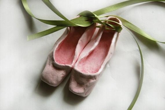 Ceramic ballet shoes