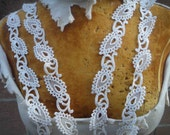 Very cute ivory  color   venice  lace  2   yard listing