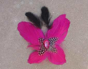 Cute  feather  clip hot pink   color  1 piece listing