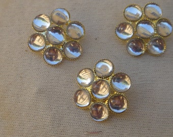 Cute   button with rhinestones  3  piece listing