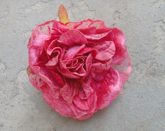 Cute organza  flower  with   pin  back 1 piece listing