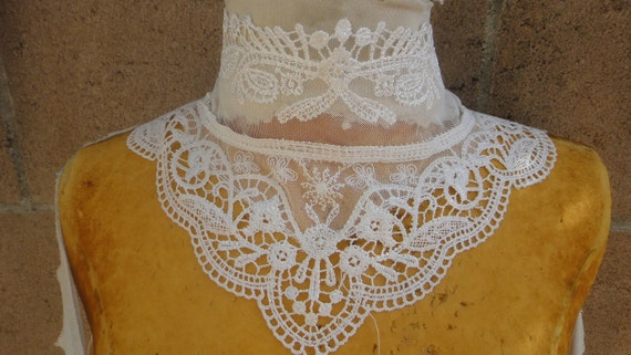Cute   venice applique white color front and back
