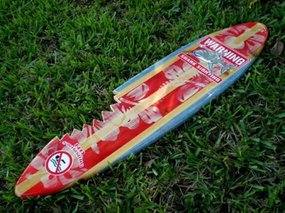 Items similar to 3 Foot Vertical Sharkbite Red Vintage ...