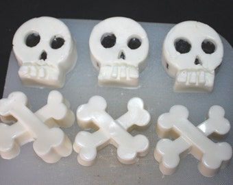 Skull and Cross Bones soap sets, Custom Scent, Set of 6, halloween, party favor, pirate, skeleton, custom color, talk like a pirate day
