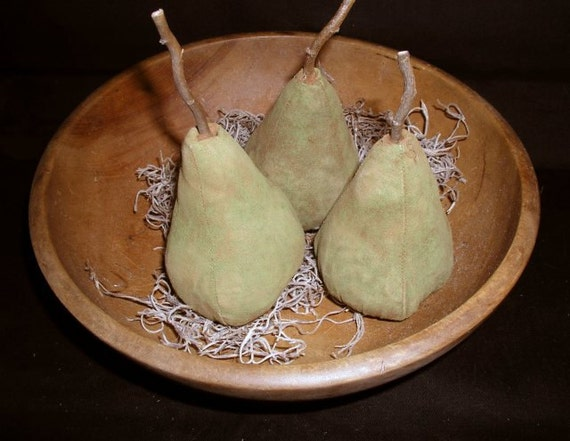 Primitive Folk Art Bartlett Green Pear Ornies Set Of 3