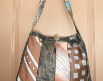 RECYCLED NECKTIE BAG