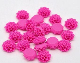 Cabochon WHOLESALE - Fuchsia Hot Pink Cabochon Flower Mum Dahlia Resin 15 mm 50pcs