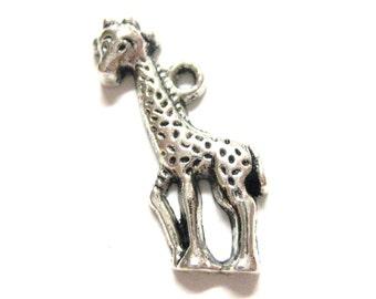 20pcs Silver Giraffe Charms Cute Kid Zoo Animal Jungle Baby Giraffe Beads - Zoo Animal Charms - Antique Silver - E57