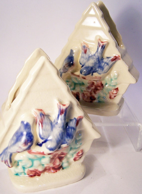 Vintage Pair of Wall Pockets Blue Birds in Bird Houses Stamped USA So Sweet