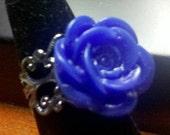 Deep Blue Rose Gunmetal Filigree Ring