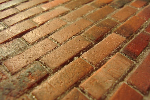 Dollhouse/Railroad Miniatures: Used Brick
