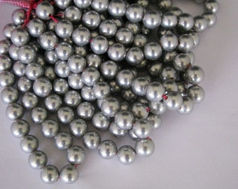 2.5mm 8inches long large hole 10mm light grey shell pearl