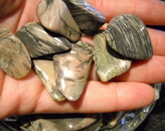 Moody Green Picture Jasper