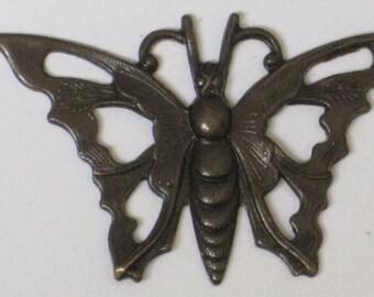 Vintaj Aged Brass Open Work Butterfly  (Qty 1)  110-20